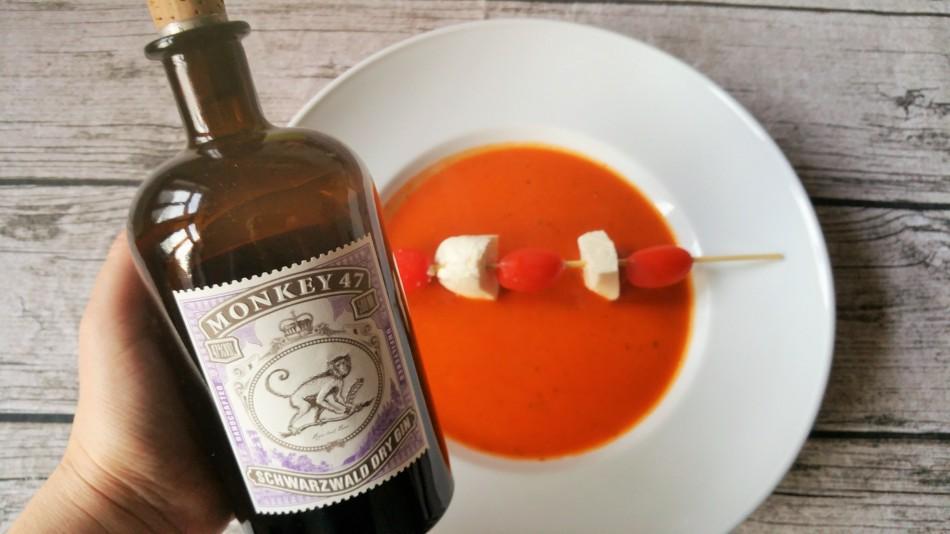 Tomatensuppe mit Gin - Monkey 47