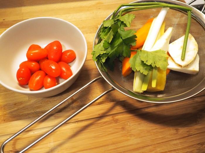 Geputztes Gemüse dazugeben.