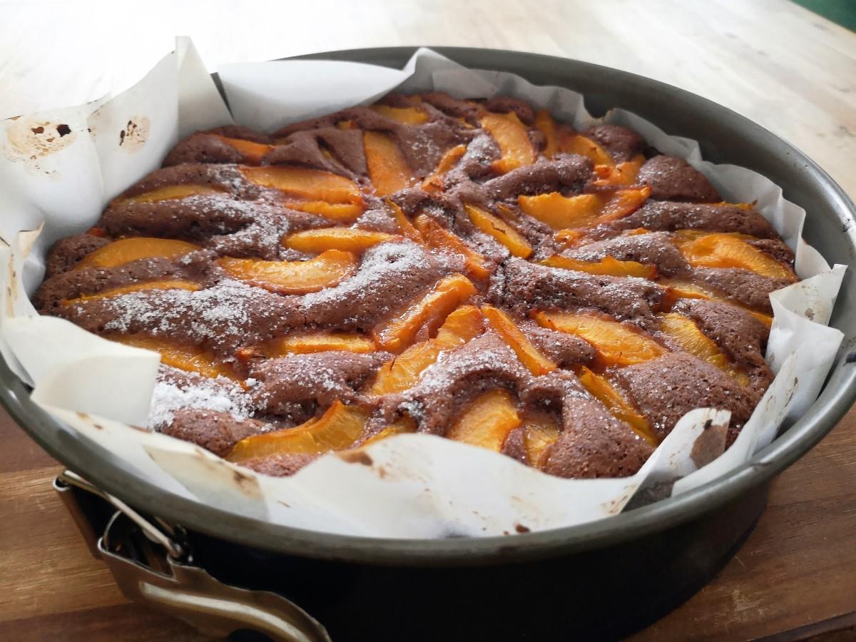 Ein einfacher, veganer Marillenkuchen. Backen ohne SchnickSchnack.